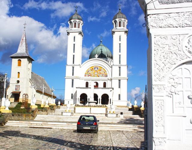 Biserica din Ghelari, un lo pe care trebuie să îl vezi