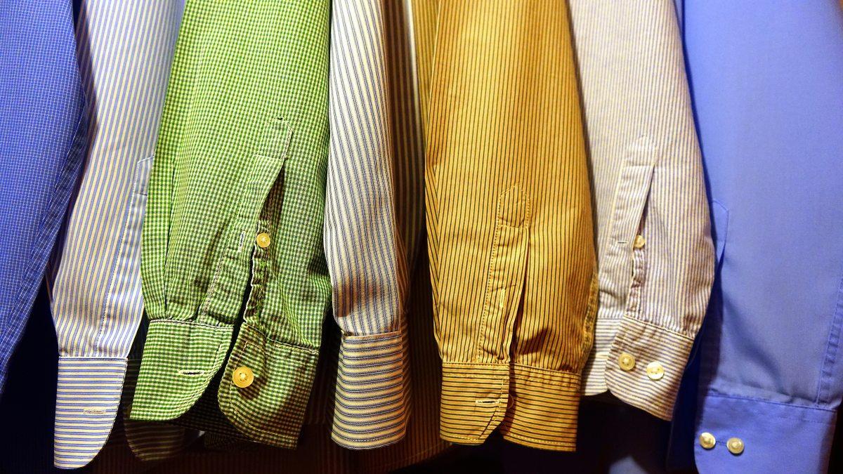 Tu porți haine din second hand?