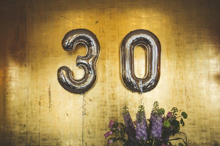 30 de ani